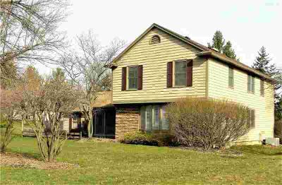 4 Wandering Trail Pittsford Four BR, Your dream home!
