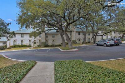 $2500 2 townhouse in NW San Antonio
