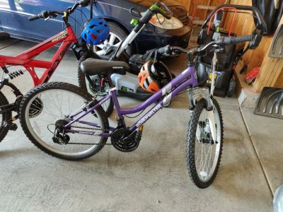 "Like New 24"" Girl Mountain Bike Purple"