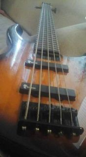 Tobias Toby Deluxe V 5 String Electric Bass Suburst