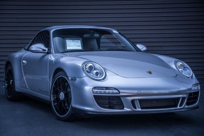 2011 Porsche 911 Carrera S (Platinum Silver)