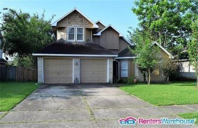 Beautiful updated 3/2 FOR LEASE in Deer Park!!