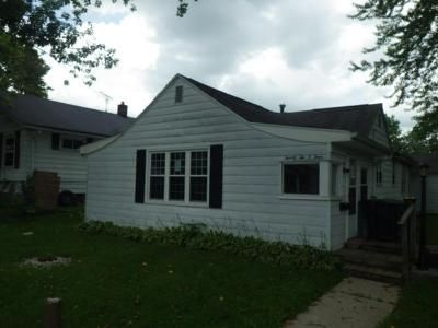 2 Bed 1 Bath Foreclosure Property in Muncie, IN 47302 - S Waldemere Ave