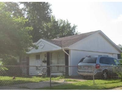 3 Bed 1 Bath Foreclosure Property in Springfield, IL 62702 - Ramsey Rd