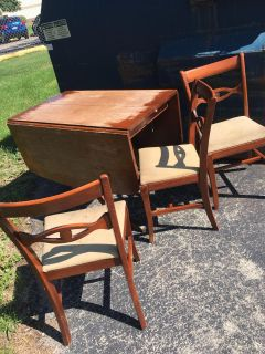 FREE table and 3 chairs!!!!