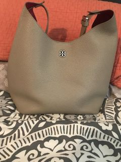 Tory Burch authentic Perry Hobo in French grey
