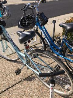 2 Women's bikes