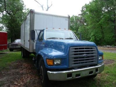 1997 Ford Moving Truck 24Ft Box