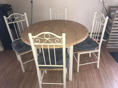 4 chair table