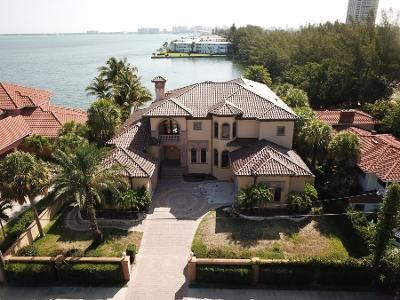 4 Bed 5.5 Bath Foreclosure Property in Sarasota, FL 34236 - N Washington Dr