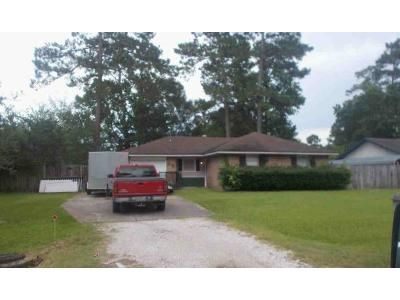 Preforeclosure Property in Vidor, TX 77662 - Pine Shadows St