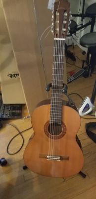 Yamaha c40 guitar nylon strings
