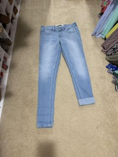 NWOT Abercrombie and Fitch jeans. Size 6L (one side is just cuffed, can be unrolled)