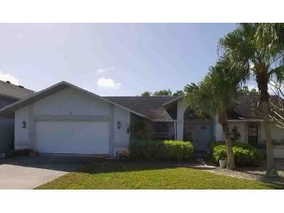 3 Bed 4.5 Bath Foreclosure Property in Cape Coral, FL 33904 - SE 39th Ter