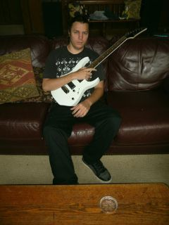 MetalShredRock guitar lessons to take you to the next level