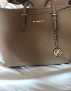 Used authentic Michael Kors bag