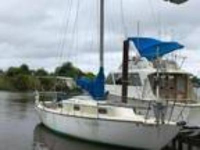 For sale 1979 27 foot Newport sail boat