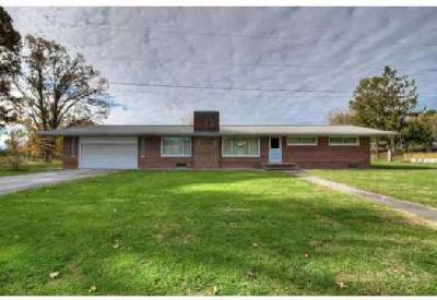 434 Ball Orchard Pvt Dr Kingsport Three BR, Great ranch home with