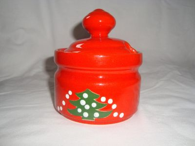 Waechtersbach-Christmas-Tree-Wht-Dot-SUGAR-BOWL-with-LID-Discontinued-1992-2012