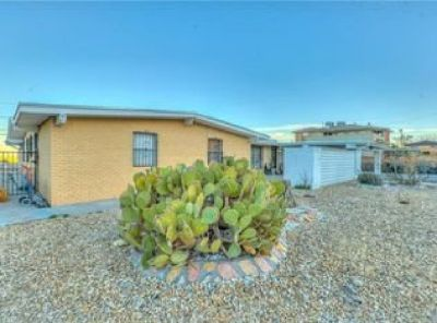 PRICE DROP on a family home in Park Foothills NE
