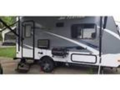 2016 Jayco Jay-Feather Travel Trailer in Clinton Township, MI