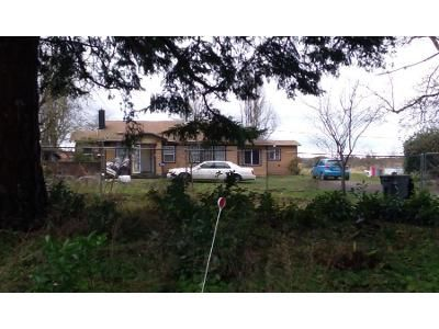 2 Bed 1 Bath Preforeclosure Property in Bow, WA 98232 - S Blanchard Rd