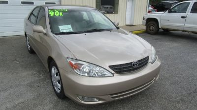 2003 Toyota Camry LE (Tan)