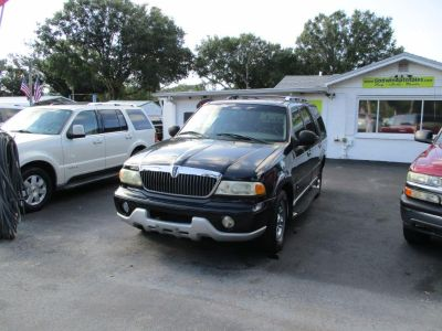 2001 Lincoln Navigator Base (Black)