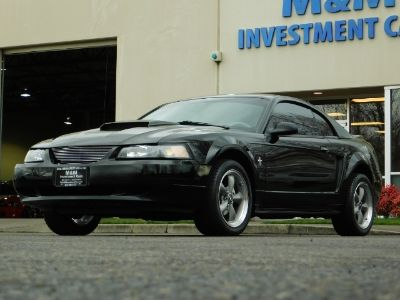 2000 Ford Mustang Base (Black)
