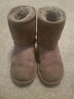 Uggs size 10