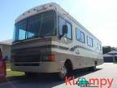 1997 Fleetwood Bounder 32H Recently Serviced
