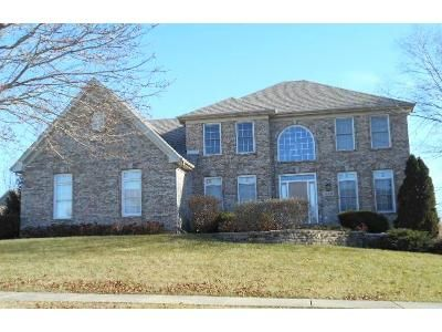4 Bed 3 Bath Foreclosure Property in Sugar Grove, IL 60554 - Abbey Ct
