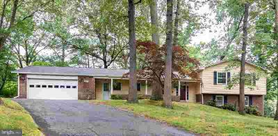 377 Grinstead Rd SEVERNA PARK, This rare Chartwell home