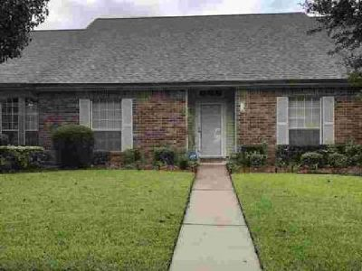 7778 Pecan Drive Beaumont, One story Townhome with 3