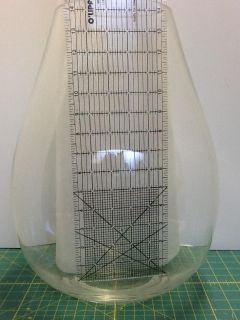 LARGE CLEAR GLASS FLOWER VASE - EXCELLENT CONDITION