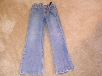 Girl 5 Childrens Place jeans. **20% OFF SALE! BUY MORE THAN 1 ITEM, GET 20% OFF YOUR TOTAL!