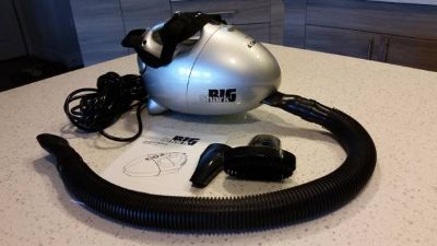 Big Shark Euro Pro 900 Watt Hand Vacuum, Attachments & Instructions