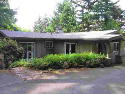 4215 SW Dosch Rd Portland Four BR, Don't Miss This One!