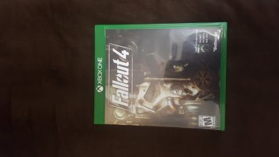 Fallout 4 w/ download of Fallout 3- Xbox One