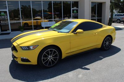 2015 Ford Mustang Eco (Yellow)