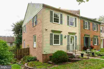 2437 Windbreak Dr ALEXANDRIA Three BR, Lovely end unit town home