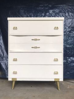 Vintage MCM painted chest of drawers 42T32W17D