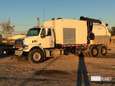 2008 Sterling LT7500 Hydro Vac T/A Truck