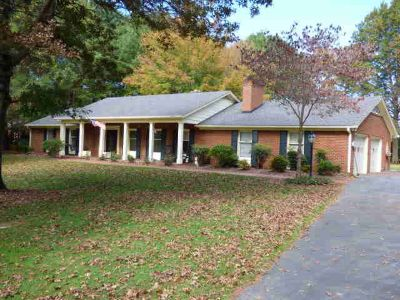 1110 Ridge Road Wytheville Three BR, one level living on 3 acres