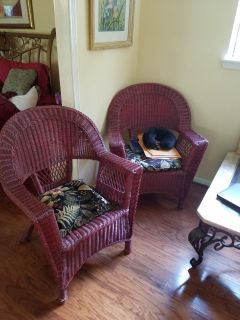 Wicker accent chairs