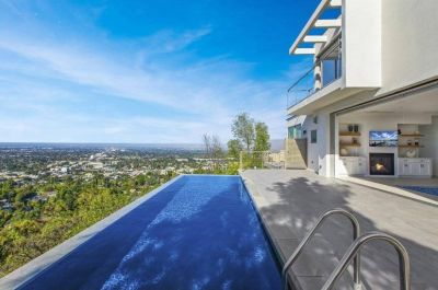 $9999 studio in San Fernando Valley
