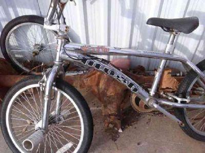 $30 bmx bike w/pegs one pedal (noble)