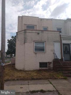 2701 S 63rd St PHILADELPHIA, Foreclosure. Duplex shell needs