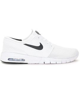 Women's size 7 Nike Air specialty skateboarding addition sneakers