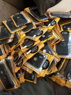 113 Iphone Cases Selling ALL PERFECT FOR A FLEA MARKET PPU COLUMBIA